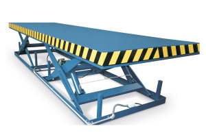 MSTAP 30-15/18: tandem scissor lift table. Painted steel. Maximum load: 3000 kg. Raised height: 1500 mm.