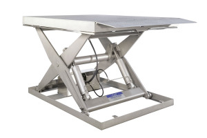 MSTI-60-16.5/18: 100% stainless steel. Maximum load: 6000 kg. Raised height: 1650 mm. Top platform in non-slip diamond plate steel with automatic lip.