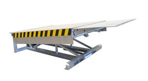 galvanised steel telescopic lip leveller; top platform in stainless steel.