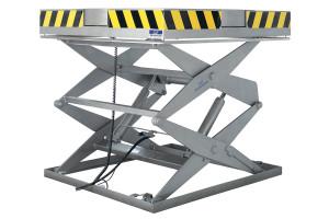 MSSTI-20-20/17: Taula elevadora doble tisora. Càrrega màxima 2.000 Kg., elevació 2.000 mm. Part superior amb plat giratori manual.